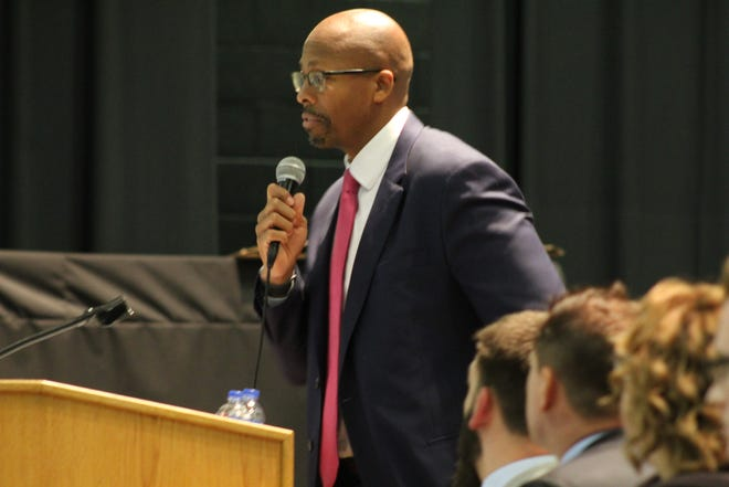 Attorney Rob Richardson, producer and founder of the Disruption Now podcast, served as moderator for the Fremont NAACP branch's 2019 election forum Thursday at Fremont Middle School. Candidates for mayor, city council, city council president and the Fremont City Schools board spoke at the event. Residents that support and oppose the Mulberry Street rezoning ordinance referendum also appeared at the forum.