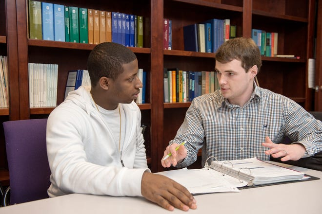 Learn 5 ways colleges can help their students thrive and excel on campus.
