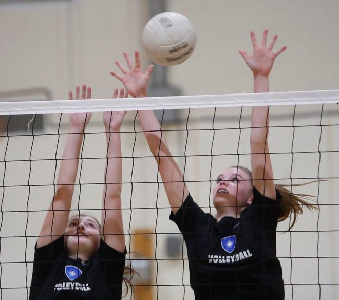 Desert Christian Academy girl's volleyball team practices in Bermuda Dunes on October 31, 2019.