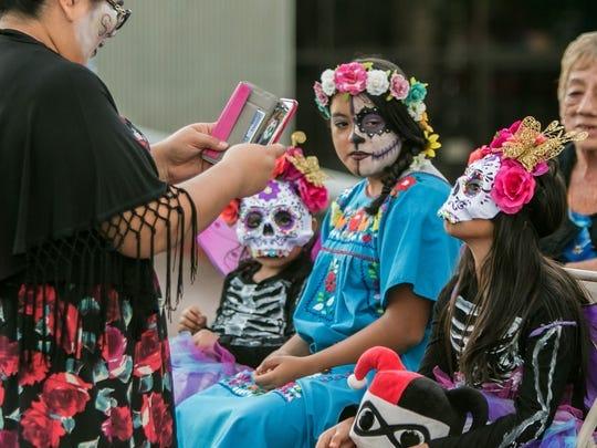 Procesión de Todas las Almas en Tucson, AZ. el domingo 6 de noviembre de 2016.