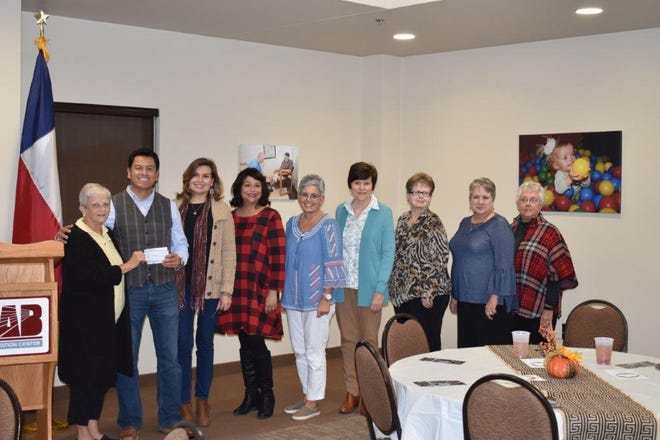 From left: BSP City Council President Lana Thompson;Eric Sanchez, CEO of ADACCV; Melissa Madrid, HR Director of ADACCV; Paulette Schell, Operations and Program Deirector of ADACCV; BSP City Council Treasurer Kathleen Harris,BSP City Council Vice-President Robyn Gaston;BSP City Council Recording Secretary Janie Lowe; Donna Brosh of the Alpha Gamma Omega Chapter and Juanita Hale of the Xi Alpha Nu Chapter.