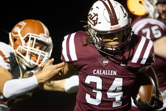 Calallen's Jeremiah Earls  runs the ball during the second quarter of their game against Alice at Calallen on Friday, Nov. 1, 2019.