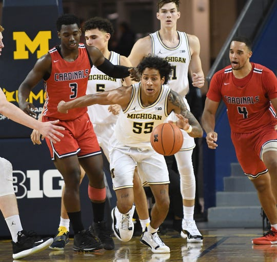 Junior guard Eli Brooks scored a career-high 24 points in Michigan's regular-season opener against Appalachian State.