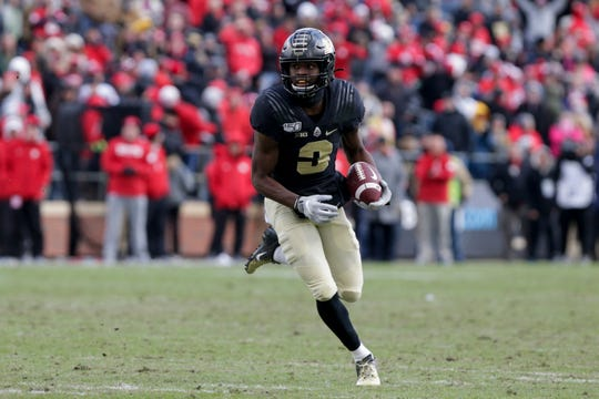 Purdue wide receiver David Bell (3) runs the ball during the fourth quarter of a NCAA football game, Saturday, Nov. 2, 2019 at Ross-Ade Stadium in West Lafayette.