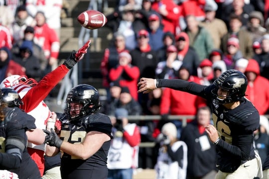 Purdue quarterback Aidan O'Connell (16) throws during the fourth quarter of a NCAA football game, Saturday, Nov. 2, 2019 at Ross-Ade Stadium in West Lafayette.