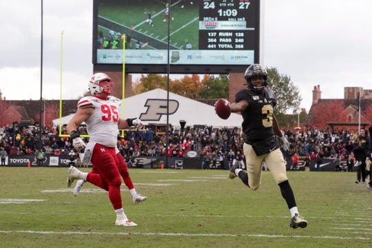Purdue wide receiver David Bell (3) runs the ball into the end zone to score during the fourth quarter of a NCAA football game, Saturday, Nov. 2, 2019 at Ross-Ade Stadium in West Lafayette.