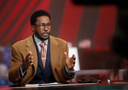 """Desmond Howard broadcasts live from the set of ESPN's """"College GameDay"""" on Beale Street in Memphis on Saturday, Nov. 2, 2019."""