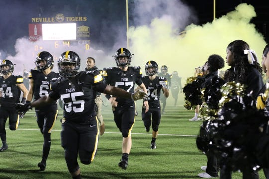 Neville held off Bastrop in last Friday's 19-14 win to stay undefeated in District 1-4A, keeping its hopes for an outright district title alive this week.