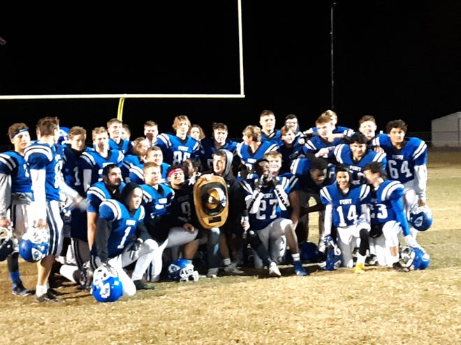Fort Defiance celebrates beating Wilson Memorial in the First Responder's Bowl.