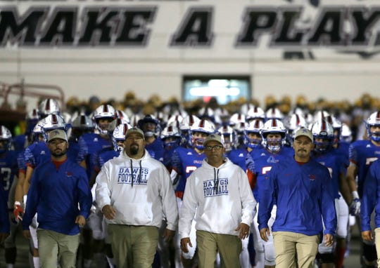 New Mexico rivals Las Cruces and Mayfield High Schools met Friday at Aggie Memorial Stadium. Las Cruces won the game 21-18.