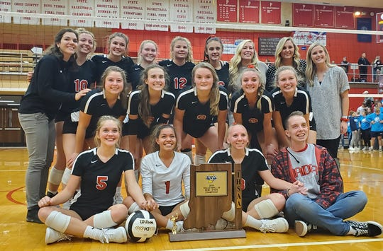 The 2019-20 Wapahani volleyball team poses for a picture after its 3-0 semistate win over Fairfield.