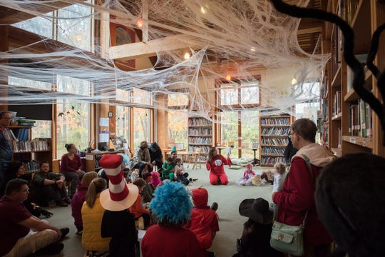 The Willow School's Teal Pumpkin Spooktacular raised almost $2,000 for FARE.