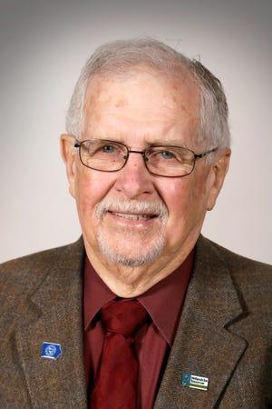 Former Iowa Democratic Senator Dick Dearden passed away over the weekend.