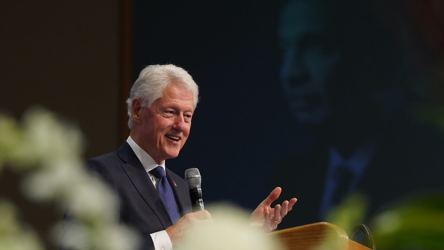 Critics blast Trump's 'public charge' rule but forget Bill Clinton paved the way for it