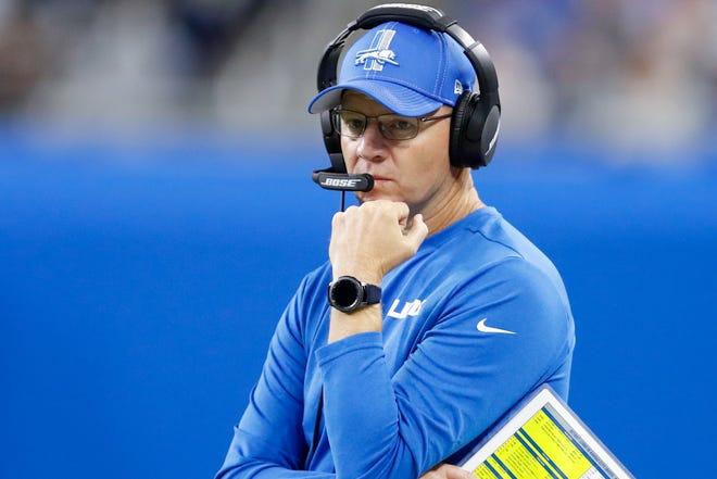 Detroit Lions offensive coordinator Darrell Bevell looks on during the first quarter against the Kansas City Chiefs at Ford Field, Sept. 29, 2019.