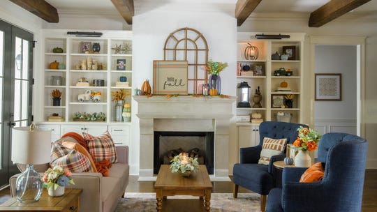 Fall accents strike a cheerful note in your home between the holidays.