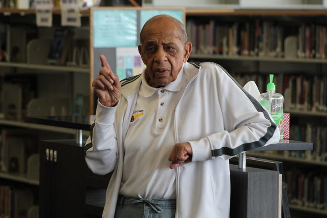 """Tuskegee Airman Harold Brown speaks to Fremont MIddle School History Club and Fremont Ross High School African American Heritage Club students as part of the presentation, """"Keep Your Airspeed Up: The Story of a Tuskegee Airman."""""""