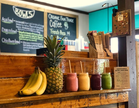 Fresh Connection has two locations on Fort Myers Beach. The shop offers plant-based dishes, smoothies and more.