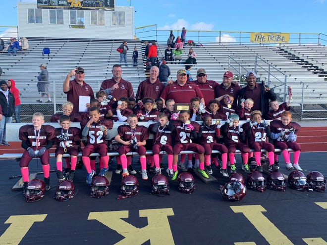Licking Heights won the LCLYF Mini Conference title Oct. 28.