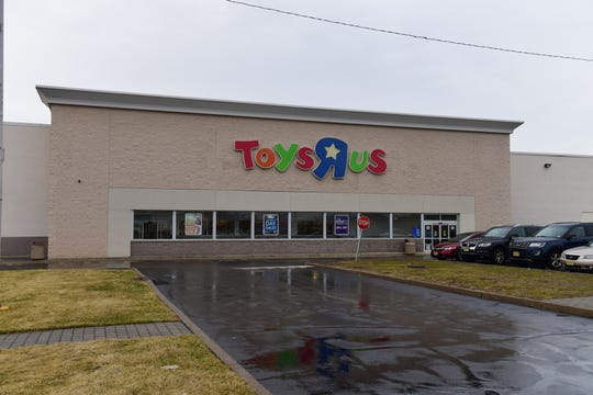 Toys R Us on Route 46 westbound in Totowa in 2018.