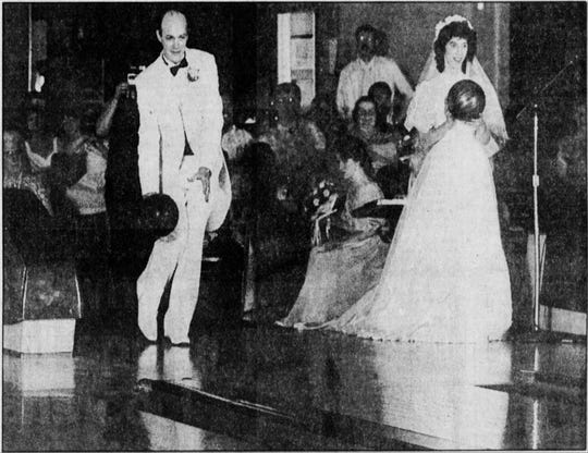 Ken Barclay and Sue Thiel got married at Brighton Bowl and promptly took to the lanes.