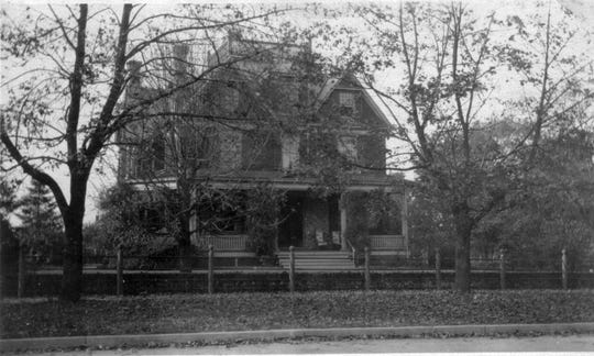 The Hall Mansion in 1922.