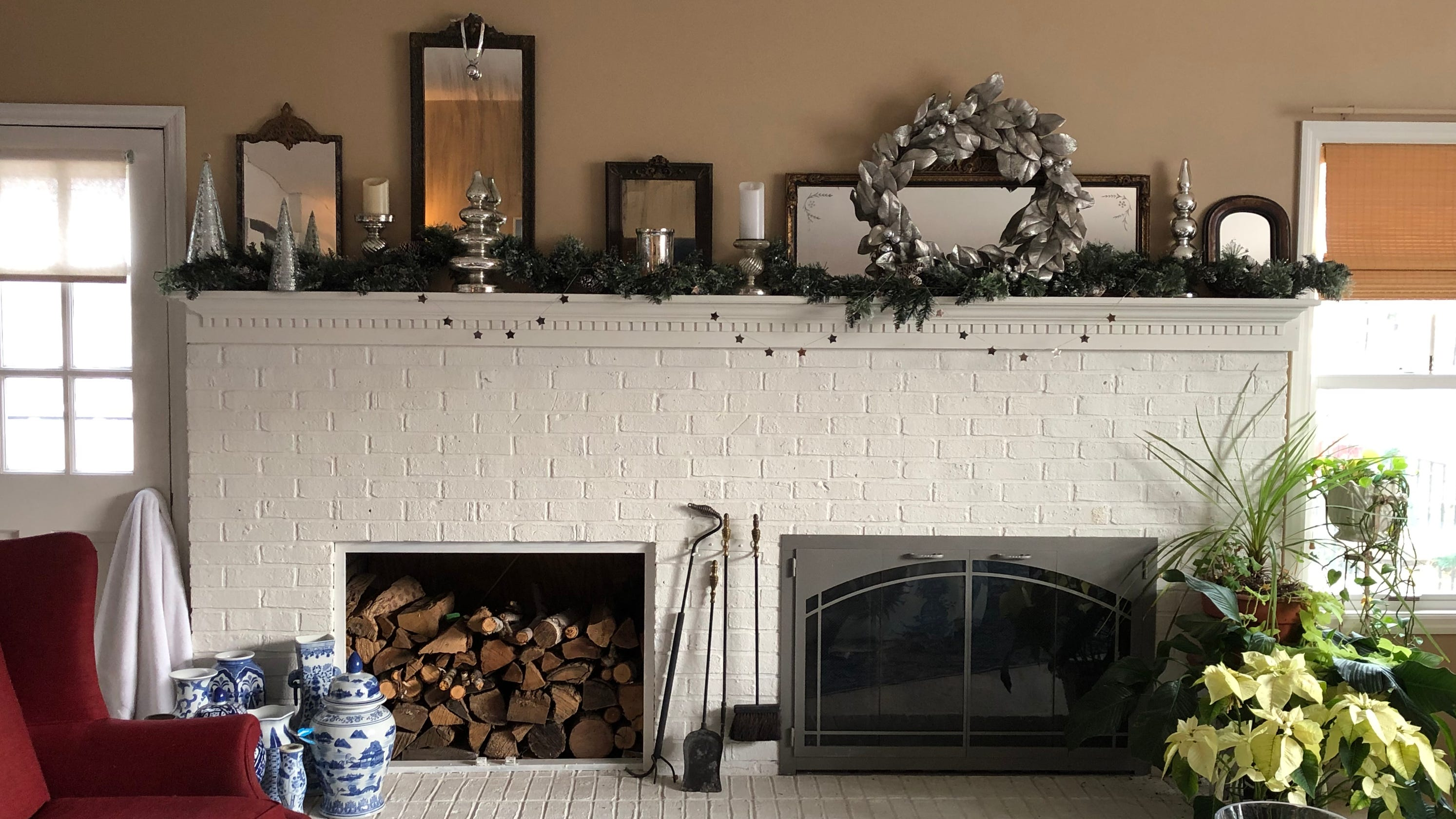 Holiday mantel displays: Memories, collectibles shown each ...
