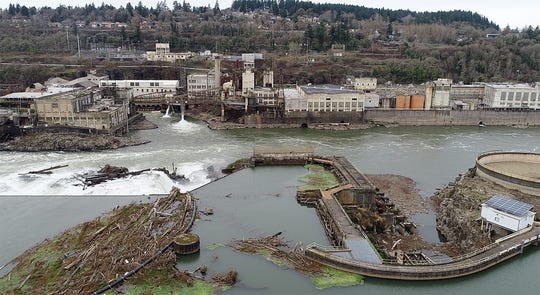 The Willamette Falls Paper Co. has restarted operations in the 130-year-old paper mill in West Linn.