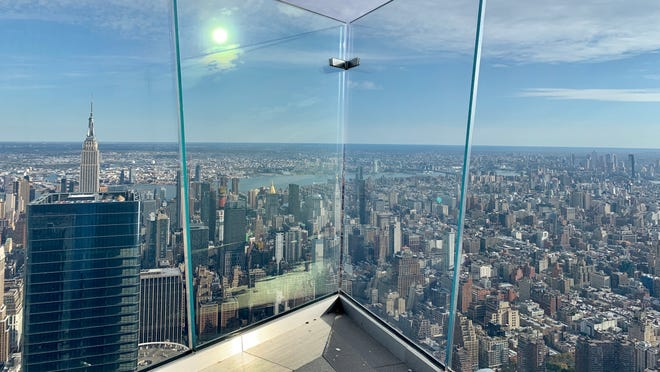 Edge, a 1,131-foot sky deck in NYC