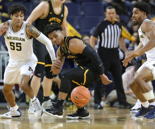 Michigan Basketball Eli Brooks Has Career Night In Season