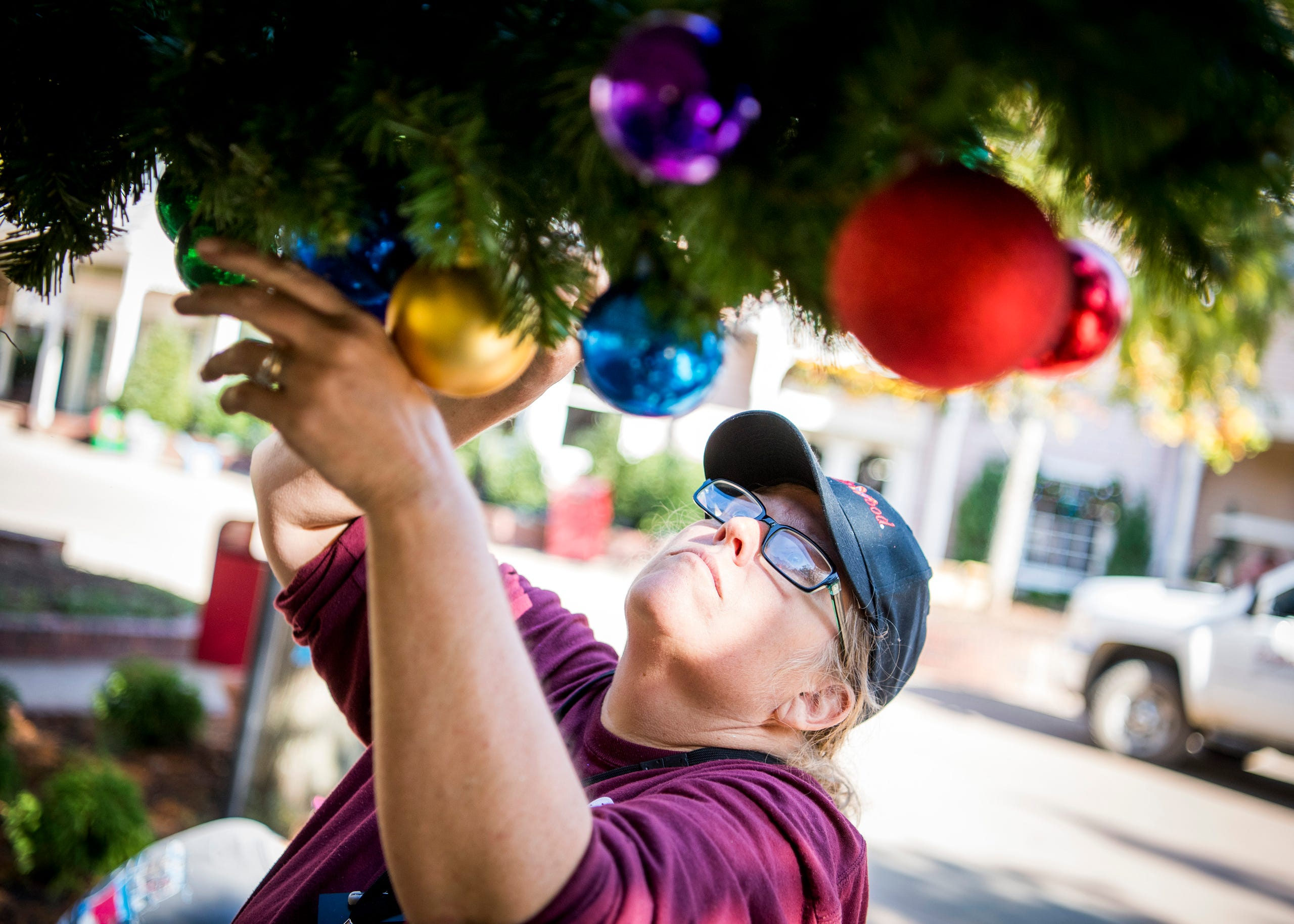 Dollywood Theme Park Christmas See The Transformation