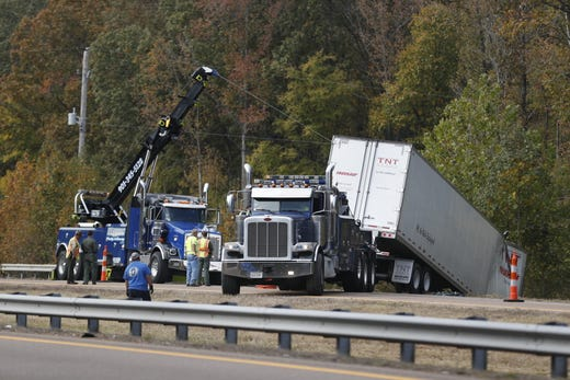 Memphis I-40 wreck: Two Tennessee DOT contractors killed in ... on u.s. route 40 map, us interstate 40 map, interstate 40 tennessee map,