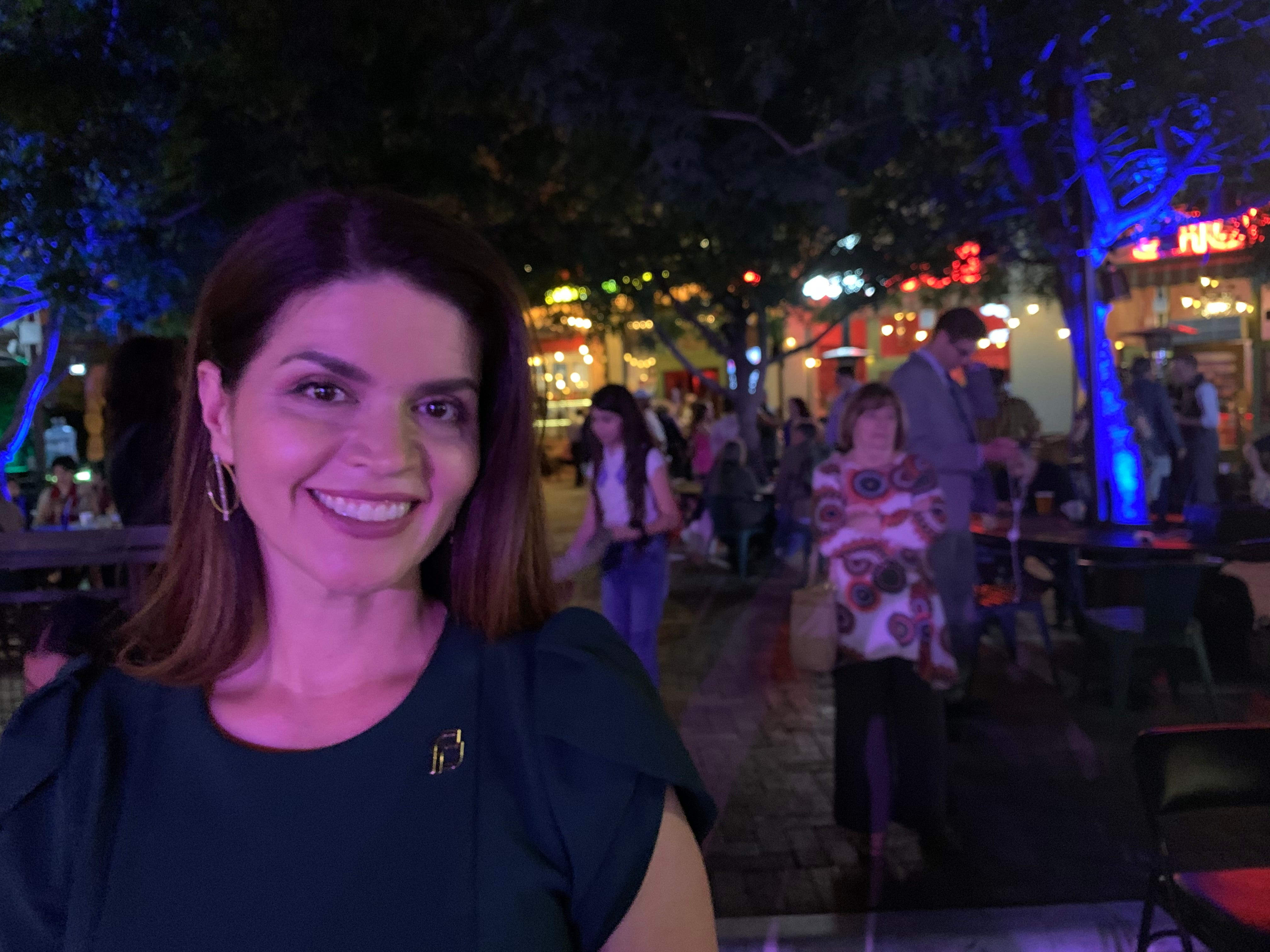 azcentral.com - Elvia Díaz, The Arizona Republic - Tucson's proposed curfew won't help stop COVID-19 if bars and restaurants remain open