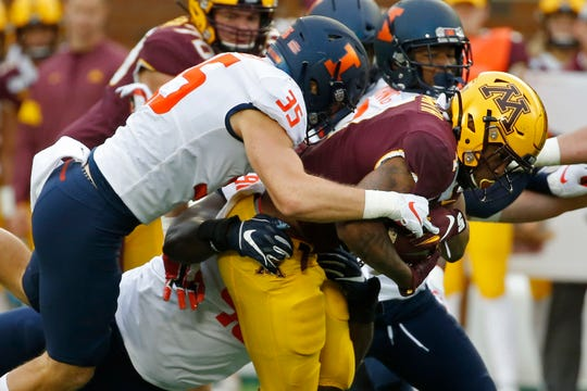 Illinois linebacker Jake Hansen (35) leads the nation with seven forced fumbles.