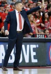 Ohio State head coach Chris Holtmann instructs his team against Cincinnati during the second half.
