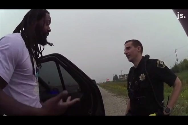 Packers Za'Darius Smith was recorded by multiple body cams when the vehicle drove was stopped by Racine County Sheriffs September 29.