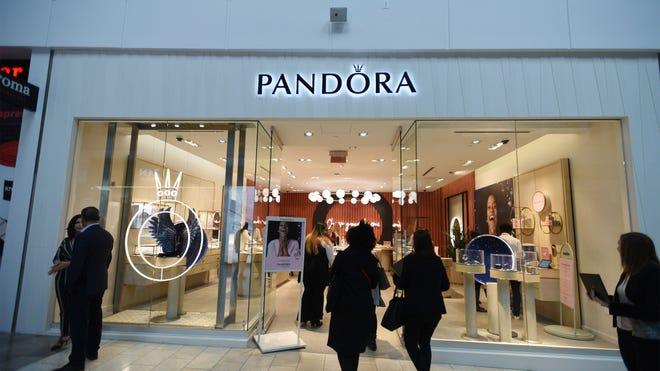 Pandora unveils new concept store in Paramus