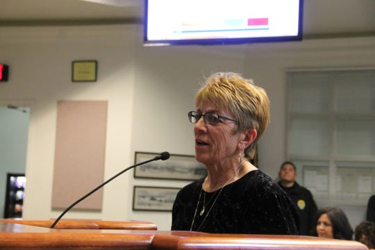 Kathy Denton of Kitty City speaks at the regular Alamogordo City Commission meeting Nov. 6.