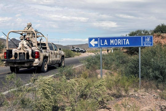 Elementos de la Guardia Nacional custodian el Rancho La Morita, que se encuentra en la zona en la que ocurrió la masacre.