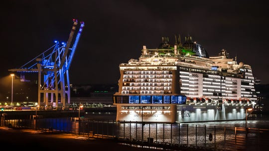 MSC Grandiosa arrives in Hamburg