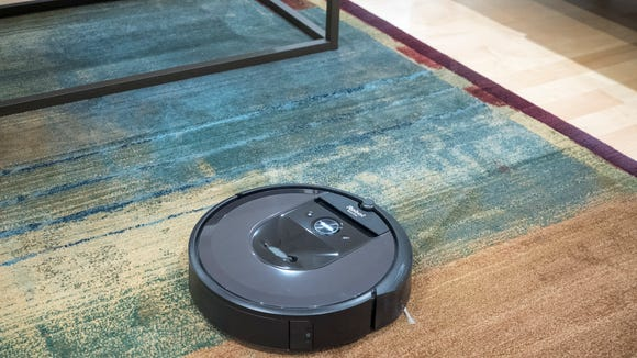 Best cat gifts 2019: iRobot Roomba i7+