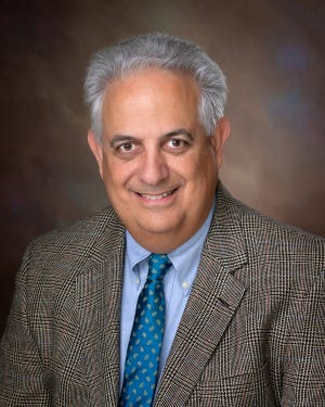 Dr. Mark R. Licht is a board certified urologist for Parrish Medical Center in Titusville.