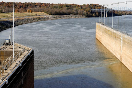 A line of bubbles from a bio-acoustic fish fence rises to the surface of the water at Barkley Lock and Dam where the Cumberland River meets Lake Barkley, Friday, Nov. 8, 2019, in Grand Rivers, Ky. The Michigan congressional delegation is seeking such a noise-making, bubbling, bio-acoustic barrier at an Illinois choke point to deter the spread of destructive Asian carp .