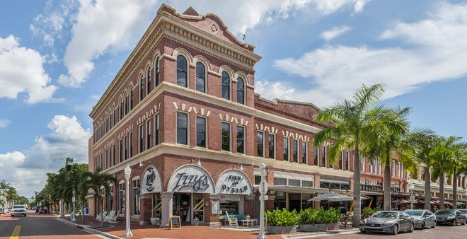 The building at 2282 First Street has sold in downtown Fort Myers for $4.4 million.