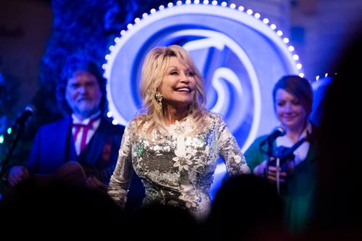 See Hallmark's 'Christmas at Dollywood