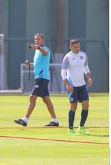 Siboldi y Cruz Azul enfrenta a Santos este fin de semana.