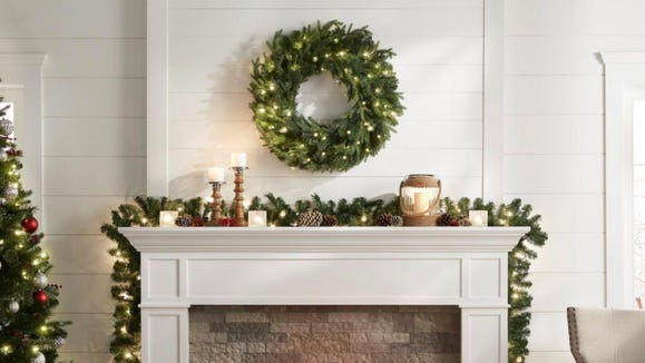 This stylish garland is a lovely accent for any home.
