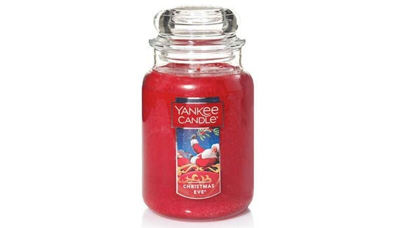 This Yankee Candle scent can keep you in a Christmas Eve mood all season long.