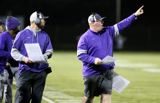 North Kitsap head coach Jeff Weible and the Vikings play Archbishop Murphy on Friday in the first round of the Class 2A state football tournament.