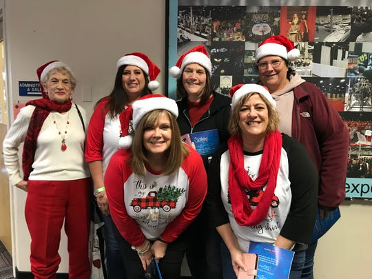 Heidi DeVincent of Pennsylvania attended Christmas Con with friends Jenelle Fleming, Virginia Fettterolf, Barb Kurtz, Michelle Ashmore and  Nancy Schmidsall.